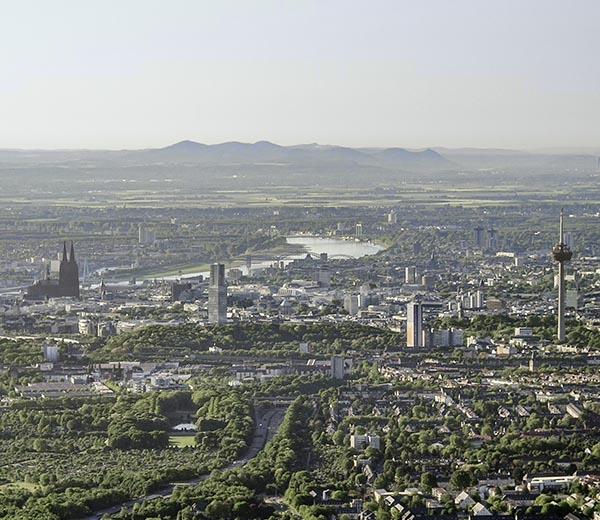 Köln mit Siebengebirge, Luftbild ©Martin Gaissert