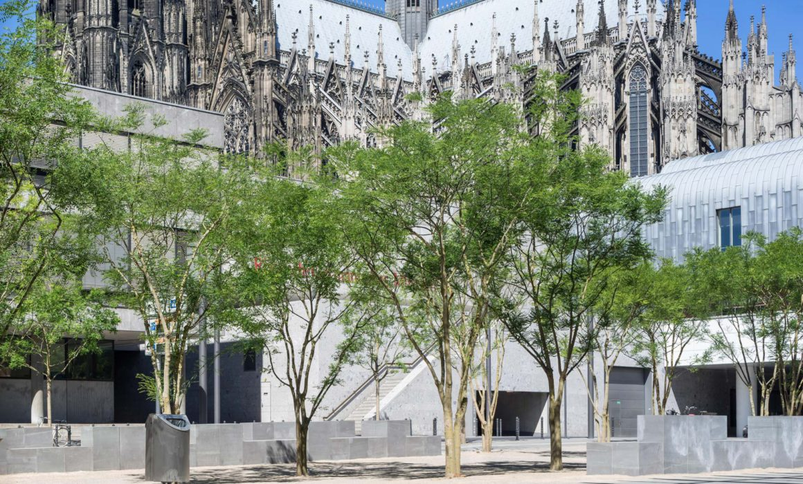 Kurt-Hackenberg-Platz Köln, Architekturfotografie ©Martin Gaissert
